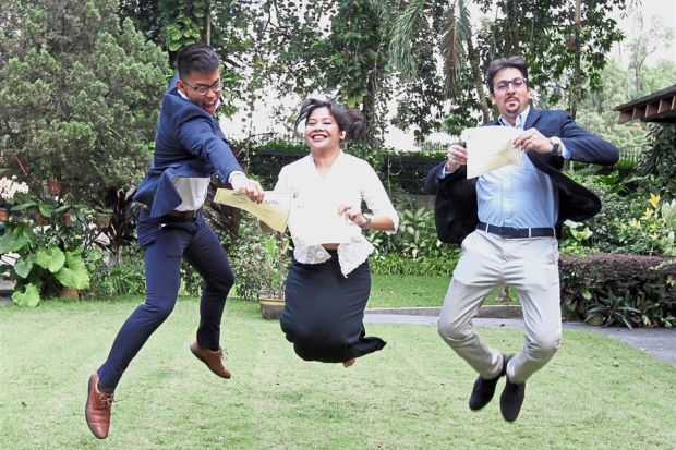 Malaysians off to pursue postgraduate degrees under Chevening scholarship - Nation
