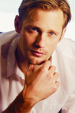 HAPPY BIRTHDAY!!! Alexander Skarsgard!!              (*\ \*)
