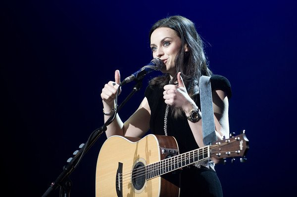 Happy Birthday Amy Macdonald (25.08.1987)