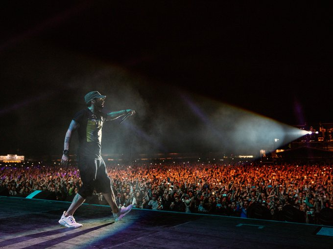 @Eminem: More photos from the kick off of our late-summer run of UK in Glasgow are on the site now! https://t.co/AJZPRFuak1 https://t.co/TCHB8hAmXp