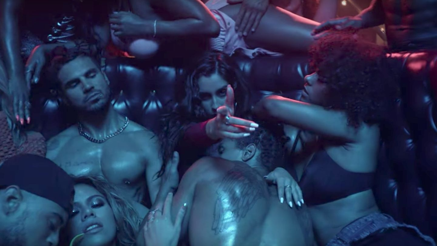 Fifth Harmony's 'He Like That' Video Is Even Hotter Than 'Work From Home' https://t.co/77c0o0uR8e https://t.co/NSux65rIO3