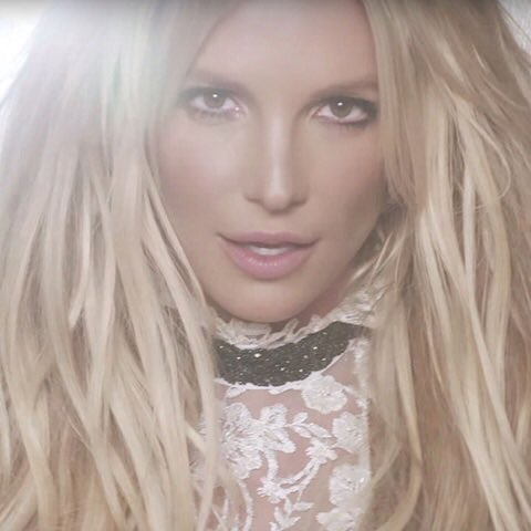 Wow! Can't believe #GLORY has been out for a year!! Thank you to everyone who has supported this album!!! ❤️�� https://t.co/2XaHbFssL9