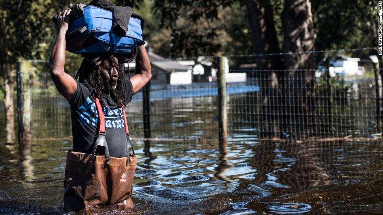 Flood-prone Houston hit by heavy rain as Harvey batterscoast
