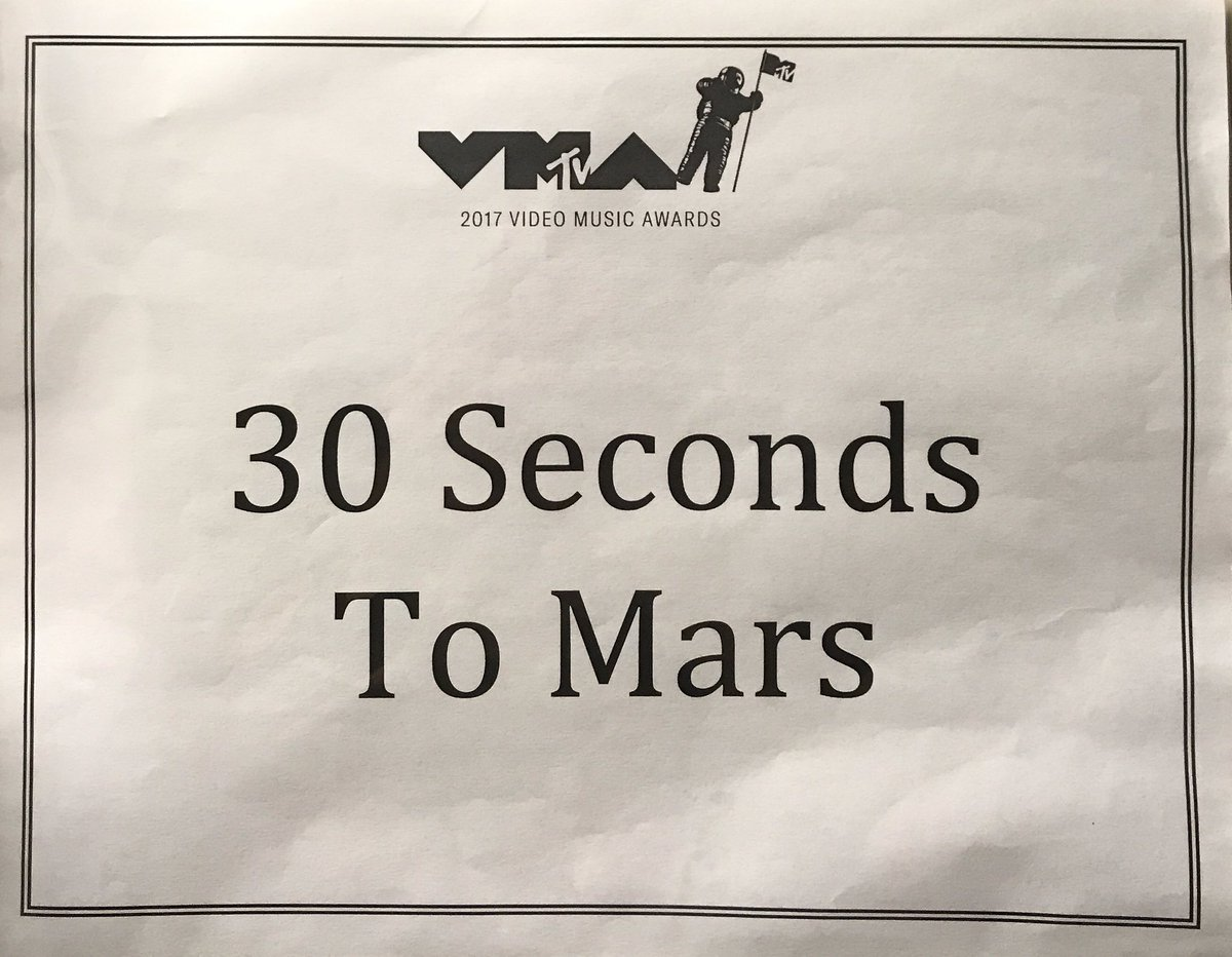 RT @30SECONDSTOMARS: Hey #VMAs we have arrived! ????#MarsOnVMAs https://t.co/rLBJieUJ4n