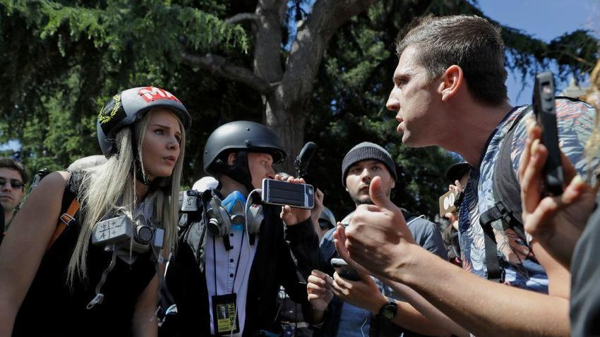 Counter-demonstrators vastly outnumber Trump supporters at Berkeley rally https://t.co/95wratHwa7 https://t.co/AcAwNDakxf