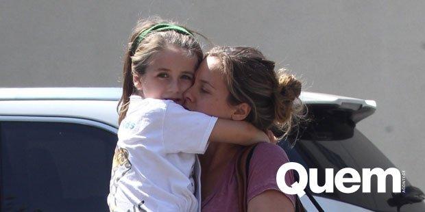 Alicia Silverstone. Foto do site da Quem Acontece que mostra Filho de Alicia Silverstone impressiona por semelhança com a mãe