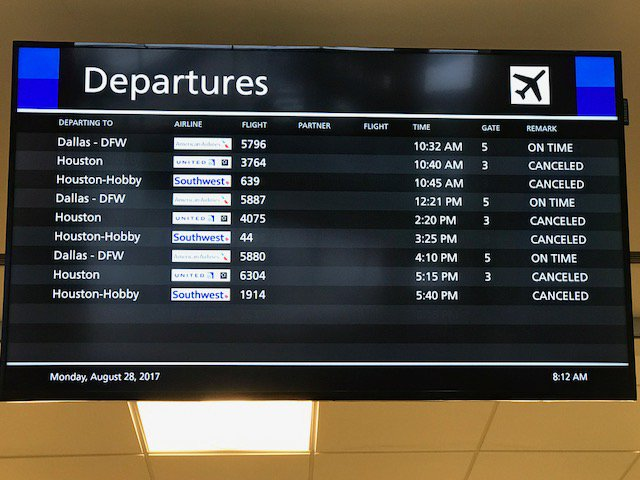 American Airlines Resuming Regular Schedule At Ccia This Morning At 10am Https T Co A8ugie2qp8 Read More