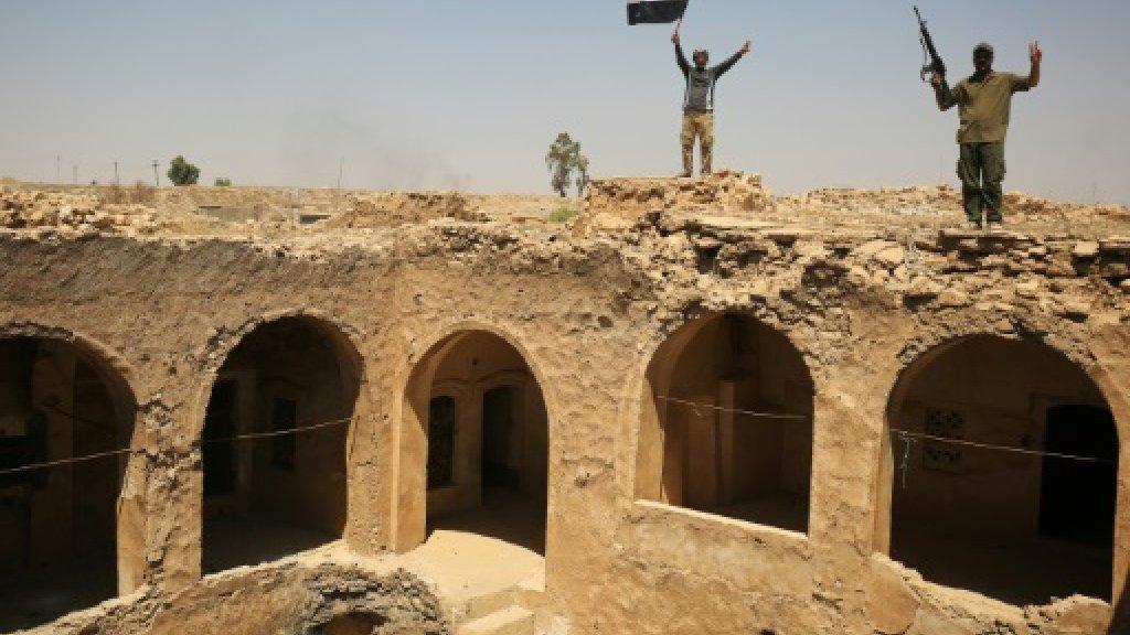 Iraq fighters take 'victory selfies' at Tal Afar citadel