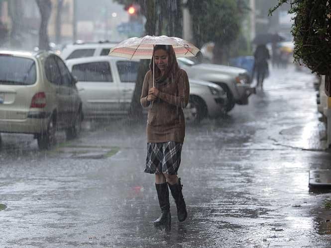 Seguirán tormentas en las próximas horas https://t.co/STHwhX7QvH https://t.co/bIqi1XvPuW