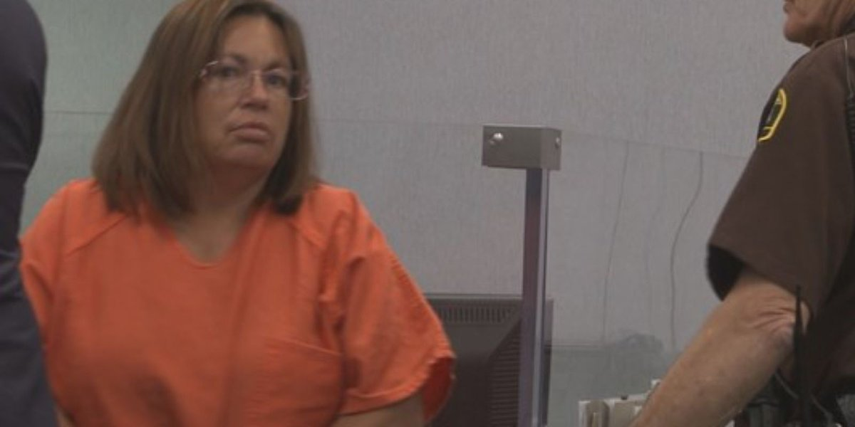 Michigan woman gets life for murder in parrot case