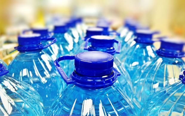 Niue MP challenges bottled water claims