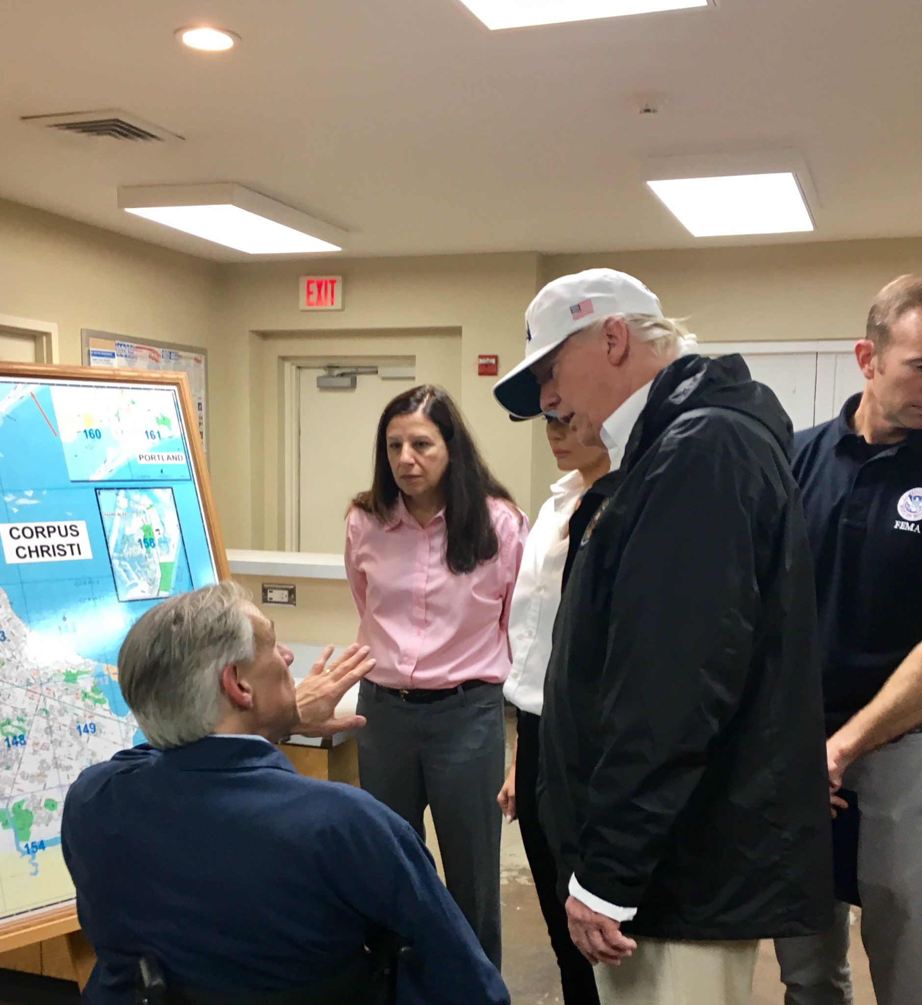 .@GovAbbott briefs @POTUS and @FLOTUS on areas most affected by #HurricaneHarvy upon arrival at Fire Station 1. https://t.co/nqbFURB0dH