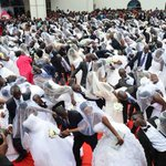 Pastor defends colleague's 600-couple mass-wedding