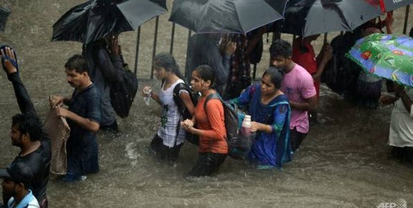 Heavy rains kill five in India's financial hub