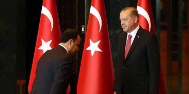 Anayasa Mahkemesi Başkanının haline bir bakın... Türkiye'de hukukun bitişini ilan ediyor... https://t.co/Z1I0tXxmnY