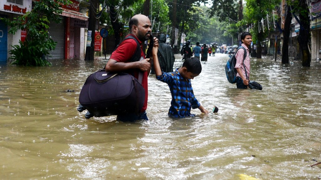 Continuing rains lash Pakistan, India as regional flooding kills more than 1,200