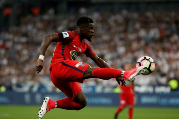 Ivorian right back Aurier joins Tottenham from PSG
