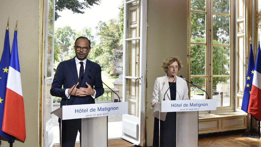 Macron's government unveils controversial labour reforms