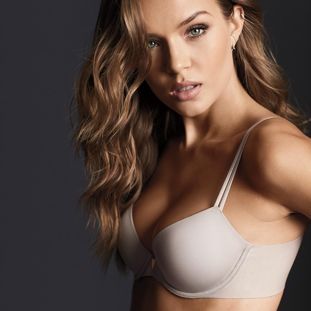 There's genius behind those curves—it's called VS Sexy Side Smoothing. https://t.co/ef2xuYKHni https://t.co/7ipLGp2deA