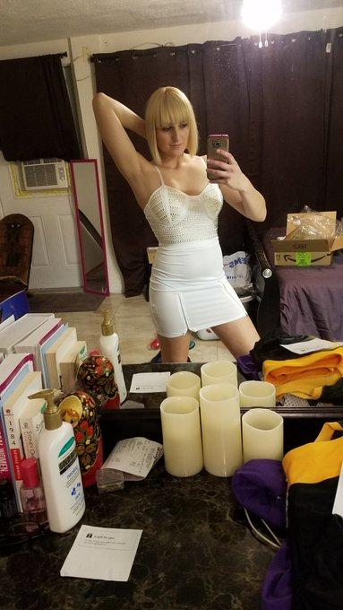 1 pic. Omg I love this sexy see thru outfit... Thank you Vinol!!!!! https://t.co/qeHQJ6vkUt