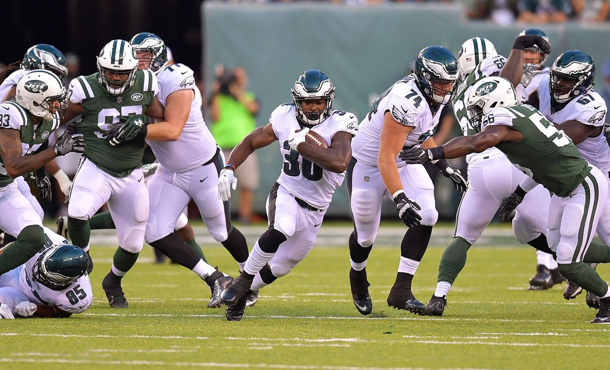 For #Eagles on the roster bubble, last night's game means everything.  Read: https://t.co/sVlBGjO6jU https://t.co/hGa73vcp6u