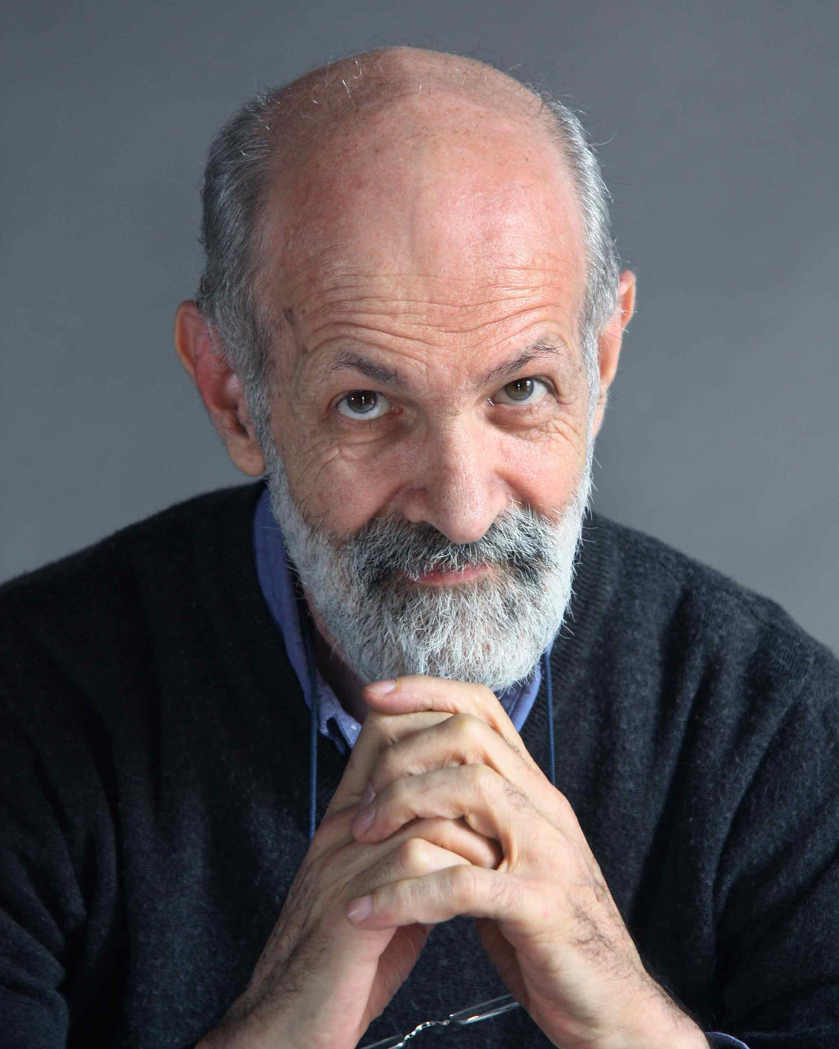 ¡Muchas felicidades al  dramaturgo, director de teatro, ensayista y pedagogo Luis de Tavira que hoy cumple 69 años! https://t.co/7enL3rUBym