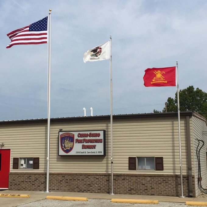 #Cerro Gordo Fire Department added a new #Flagpole and raised new #flags just in time. #LaborDay #VolunteerFireDep… https://t.co/fu2fxvbBo7 https://t.co/guYYQy9mTn