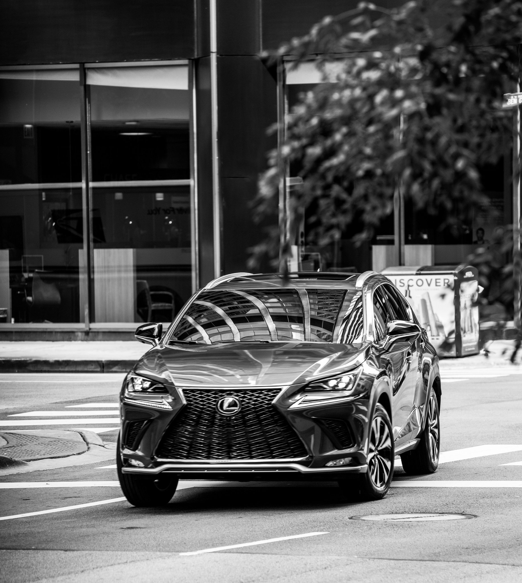 The compact SUV other compact SUVs try to be. #LexusNXFSPORT https://t.co/pT2o0NJTx7