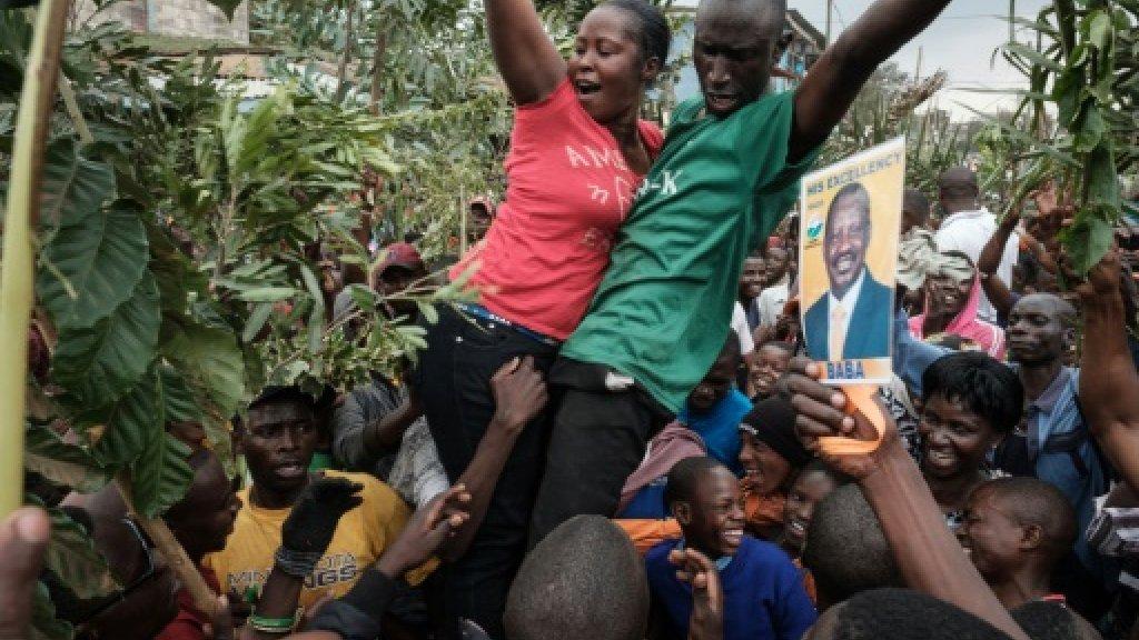 Jubilant crowds dub Kenya's top judge 'an African hero'
