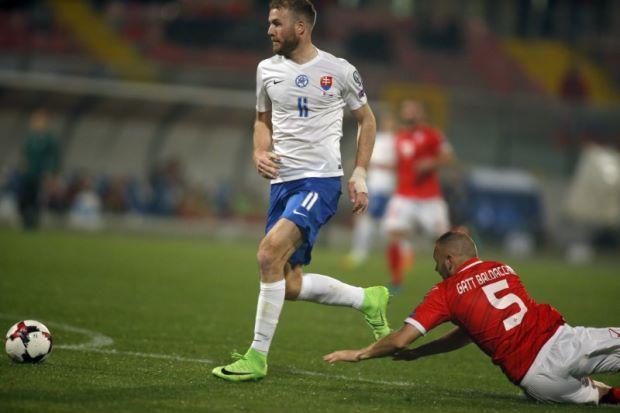Nemec keeps Slovakia's Word Cup dream alive