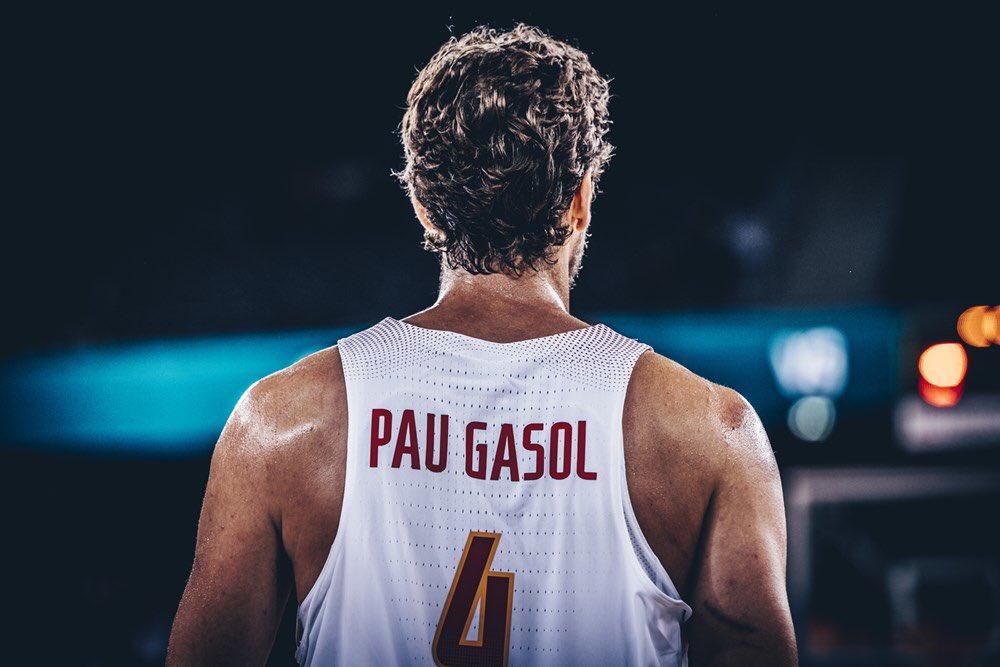 GameDay �� #EuroBasket2017  ��@baloncestofeb vs #RepúblicaCheca   ⏰16.45hs  #SomosEquipo https://t.co/Klnuy8KySS
