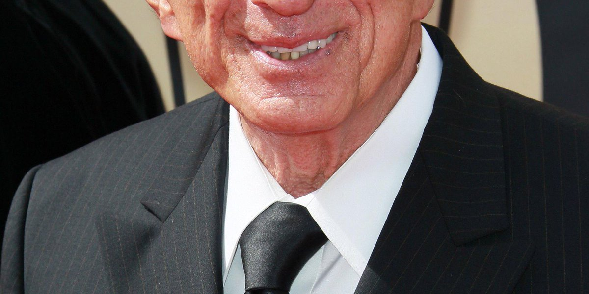 Grapevine: Jamie Farr to star in 'Morrie'