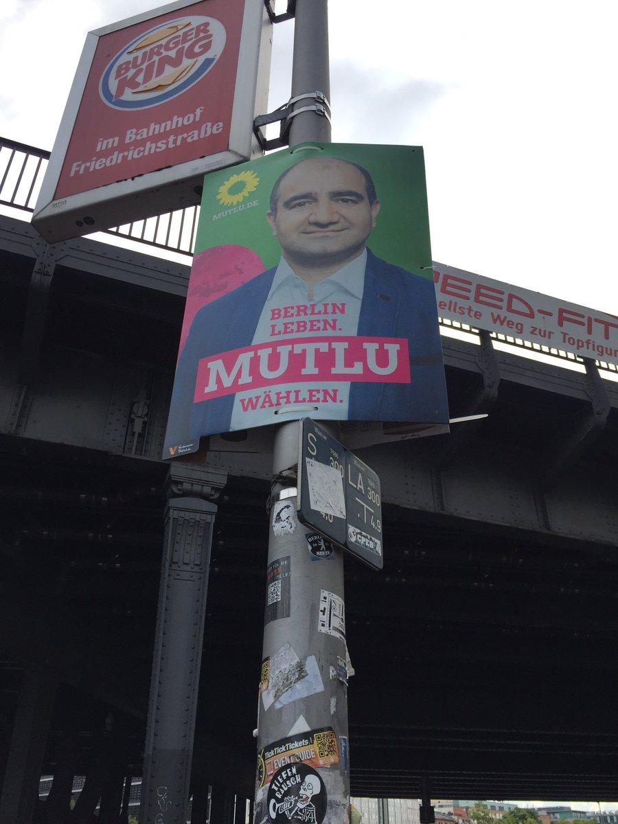 test Twitter Media - RT @MeiiXue: #VoteGreen vote for @OezcanMutlu ! Görünce mutlu olduk :) https://t.co/UGKdAXpX4S