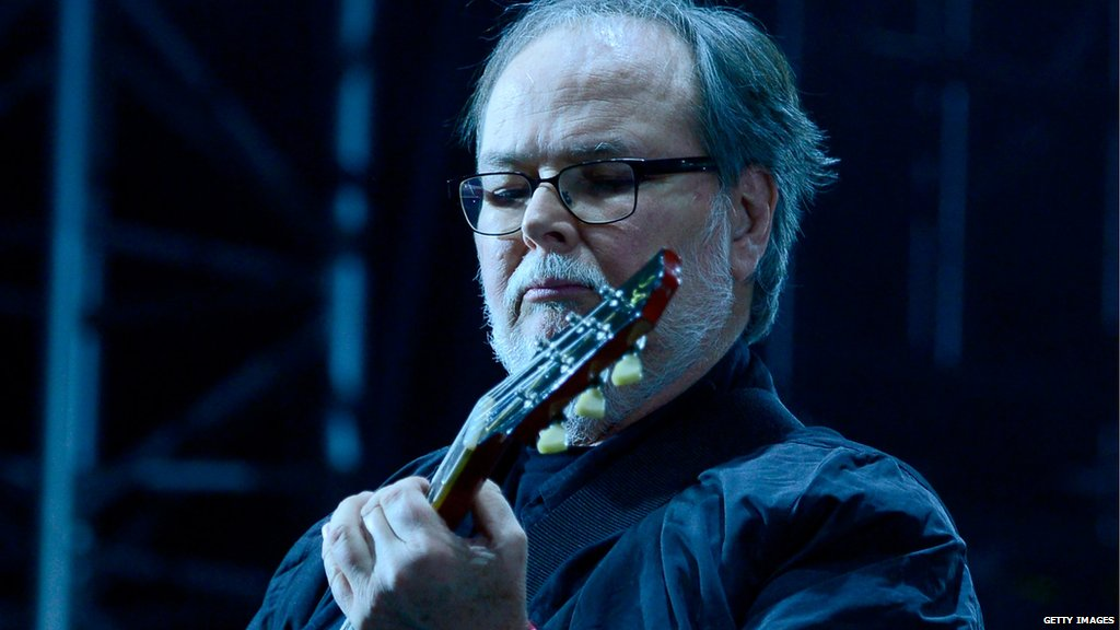 Walter Becker, co-founder and guitarist for the US band Steely Dan, has died aged 67 https://t.co/U9QlHfsAMa https://t.co/5ZKM32Rwmt