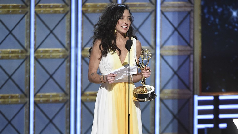 #TheHandmaidsTale's Reed Morano is first woman to win drama directing Emmy in 22 years https://t.co/PJ2y3A8TT6 https://t.co/mGCyOuCd2L