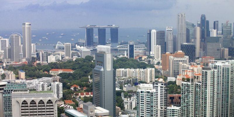 UBS avoiding Singapore, HK housing markets