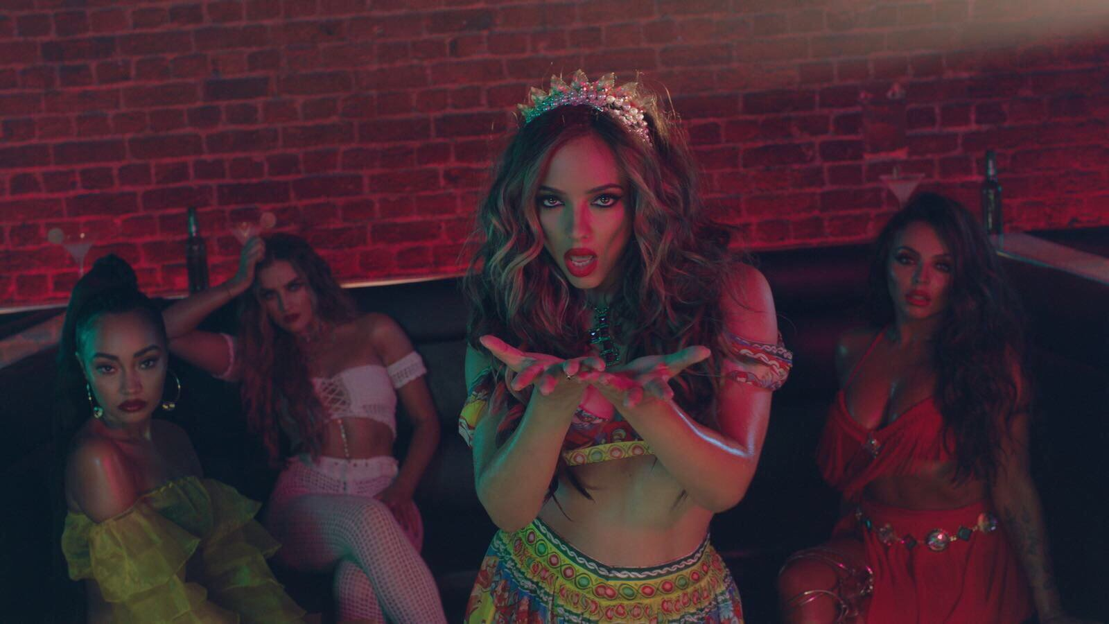What are you lot most excited to see in the #ReggaetonLentoRemixVideo? ������ Let's hear it!! ���� LM HQ x https://t.co/gqSynCHekY