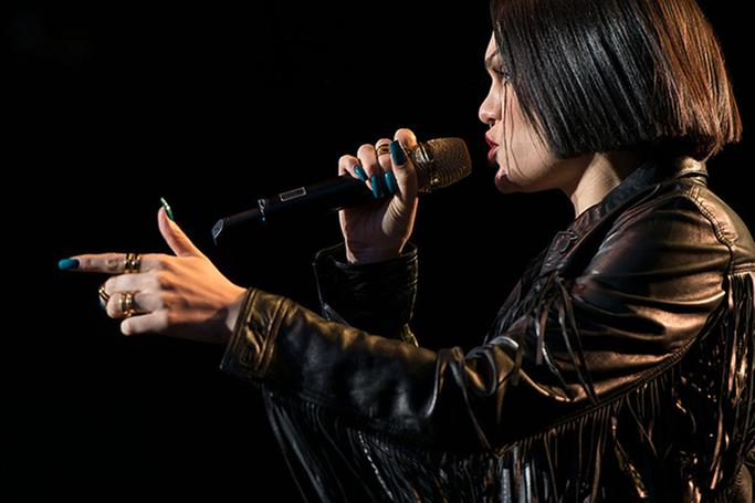 Listen! New @JessieJ music! �� https://t.co/T7vn5BRkB7 What do you think? @KatherineDines https://t.co/ukloxGyV69