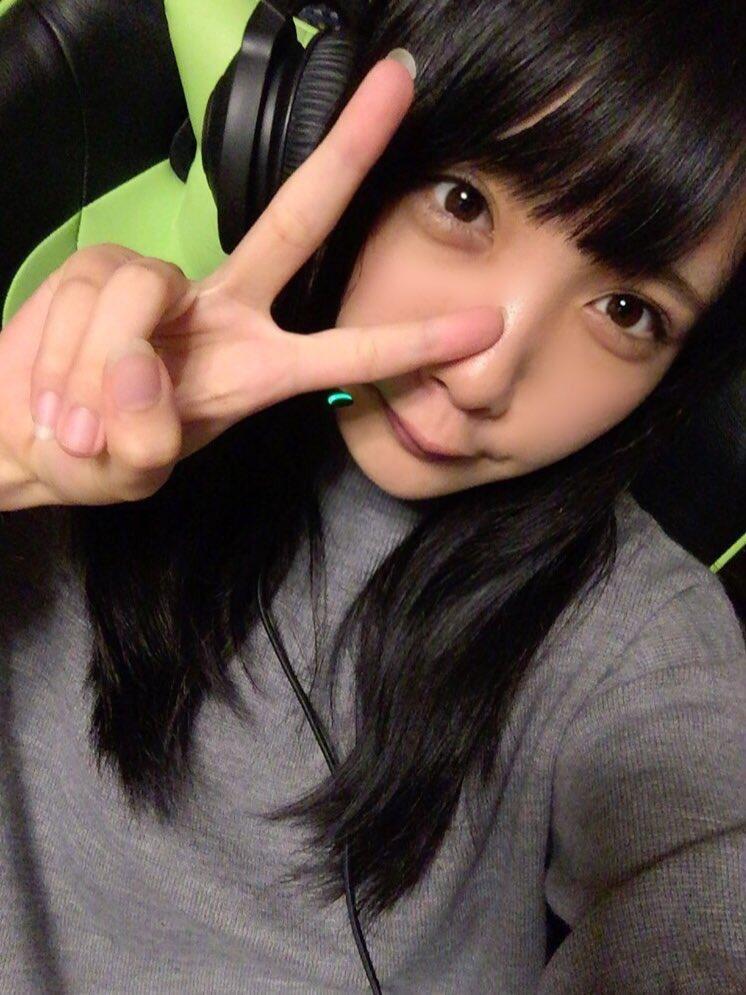 4 pic. 大須小隊での #PUBG 特訓楽しかった〜〜!後輩のゆのしーも合流してプレイしたよ!上手くなってグラドル小隊組みたいな〜〜ԅ( ˘ω˘ ԅ)  #razerjp /