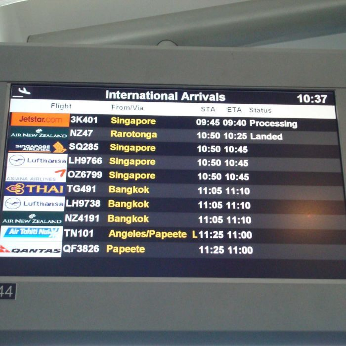 Airlines asked to to carry enough fuel for return flights amid shortage at Auckland Airport