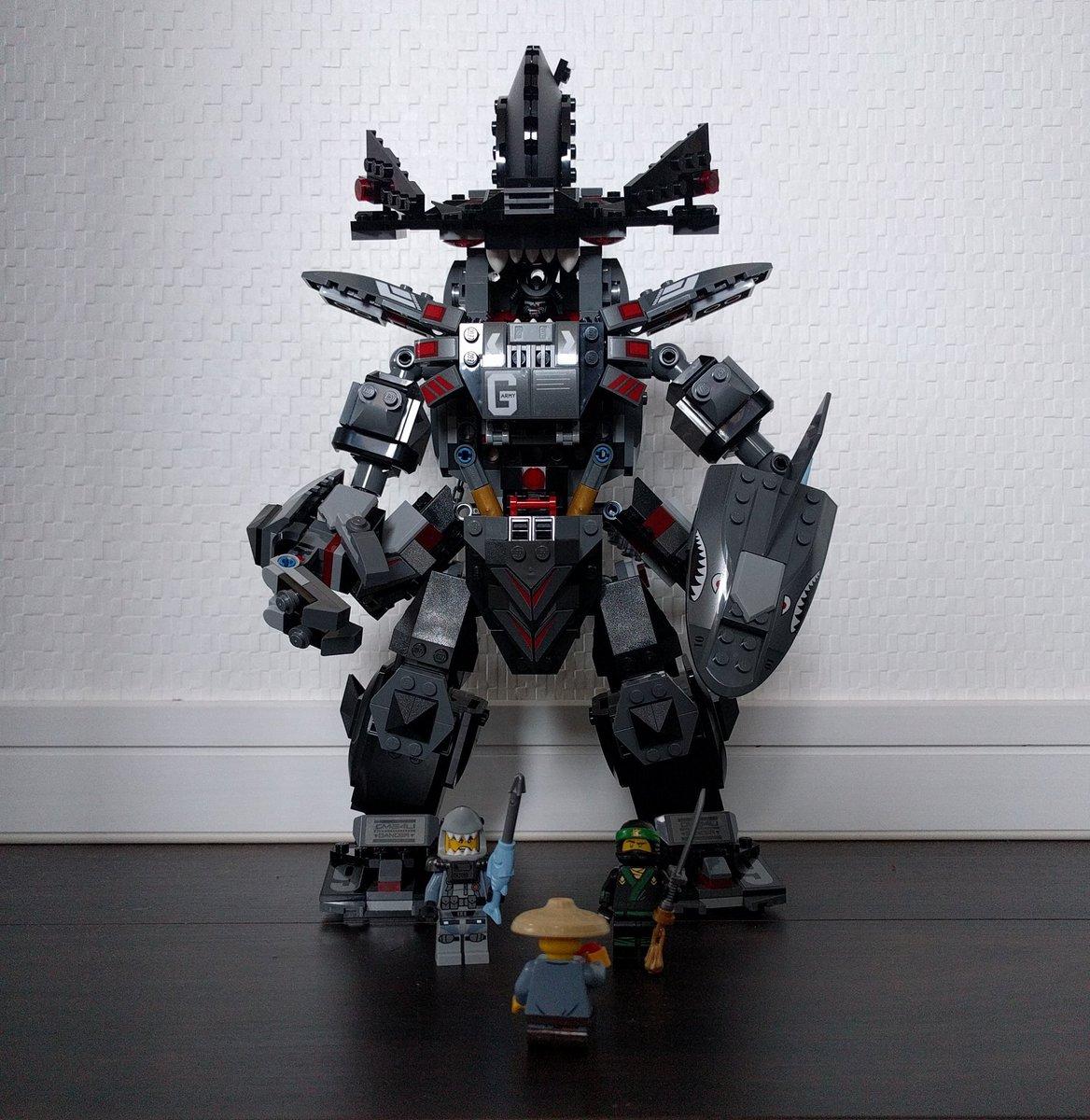 ガーマドンシャークメカと記念写真!   #レゴ #トイザらス#レゴニンジャゴー#LEGO#ninjago #ガーマドンシ