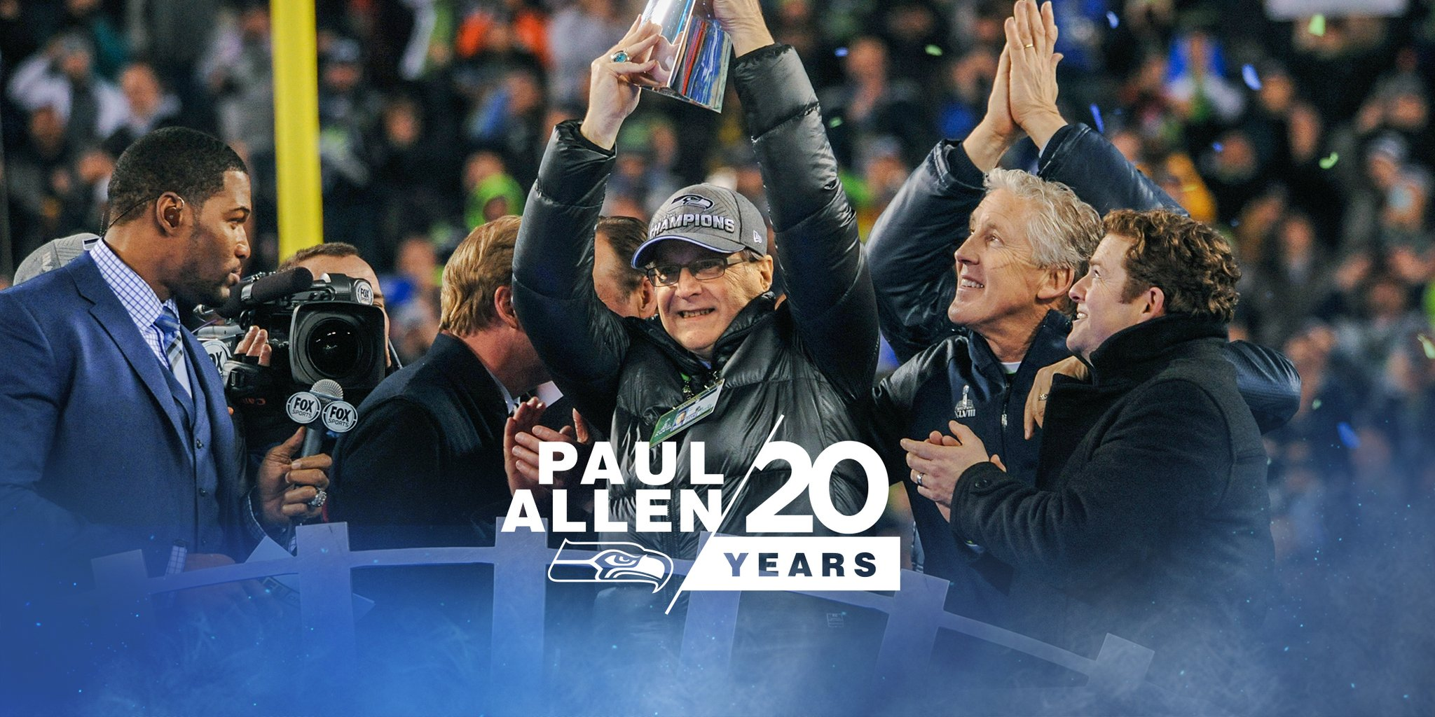 #ThanksPaul for everything you've done for Seattle, and the world. https://t.co/howWIvSYHM