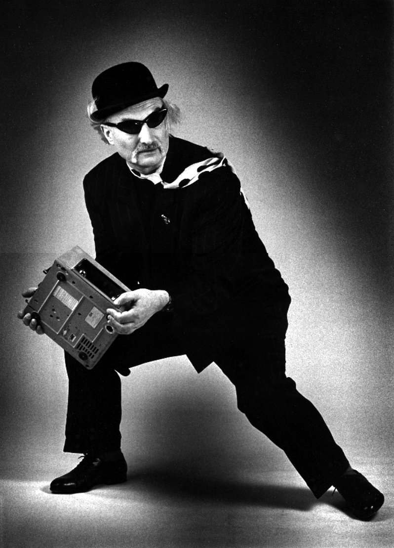 A one-of-a-kind gem in the soundscape of the world. #RIP legend Holger Czukay. https://t.co/odrxlkMfwo