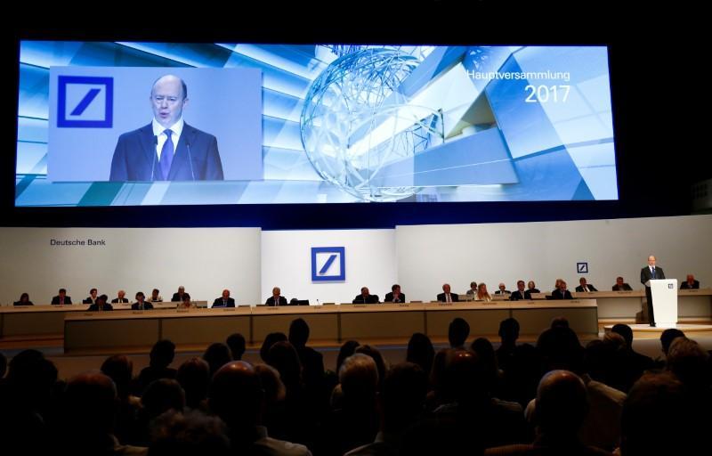 Deutsche Bank boss calls on ECB to halt cheap money