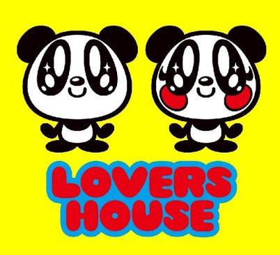 5周ぐらいまわってSUPER LOVERSとかLOVERS HOUSEの服めっちゃ欲しくなってメルカリとかで見たらめっち
