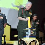 Sultan Nazrin stresses the importance of military medicine to guarantee combat power