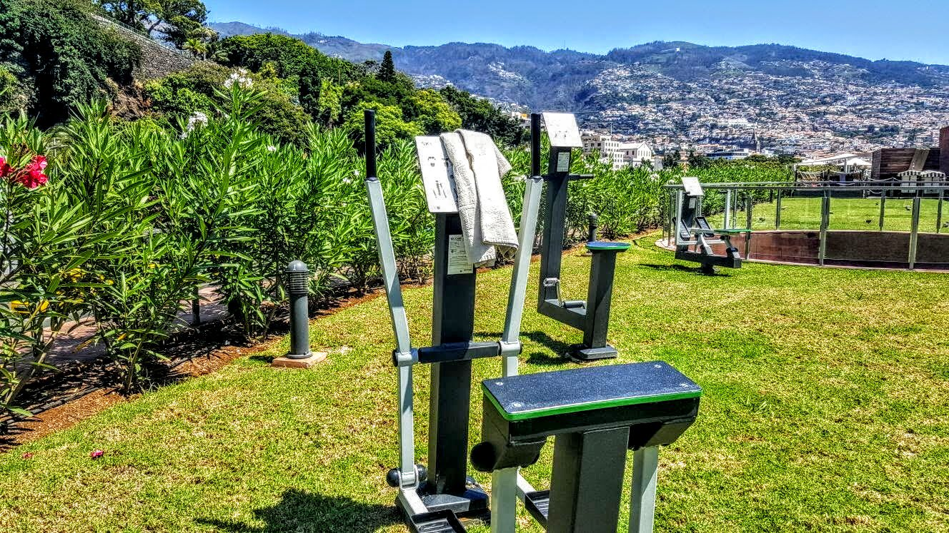 Nothing better than workout with this view ������ @PestanaCR7 #MadeiraIsland #Funchal https://t.co/VCfcaIagp5