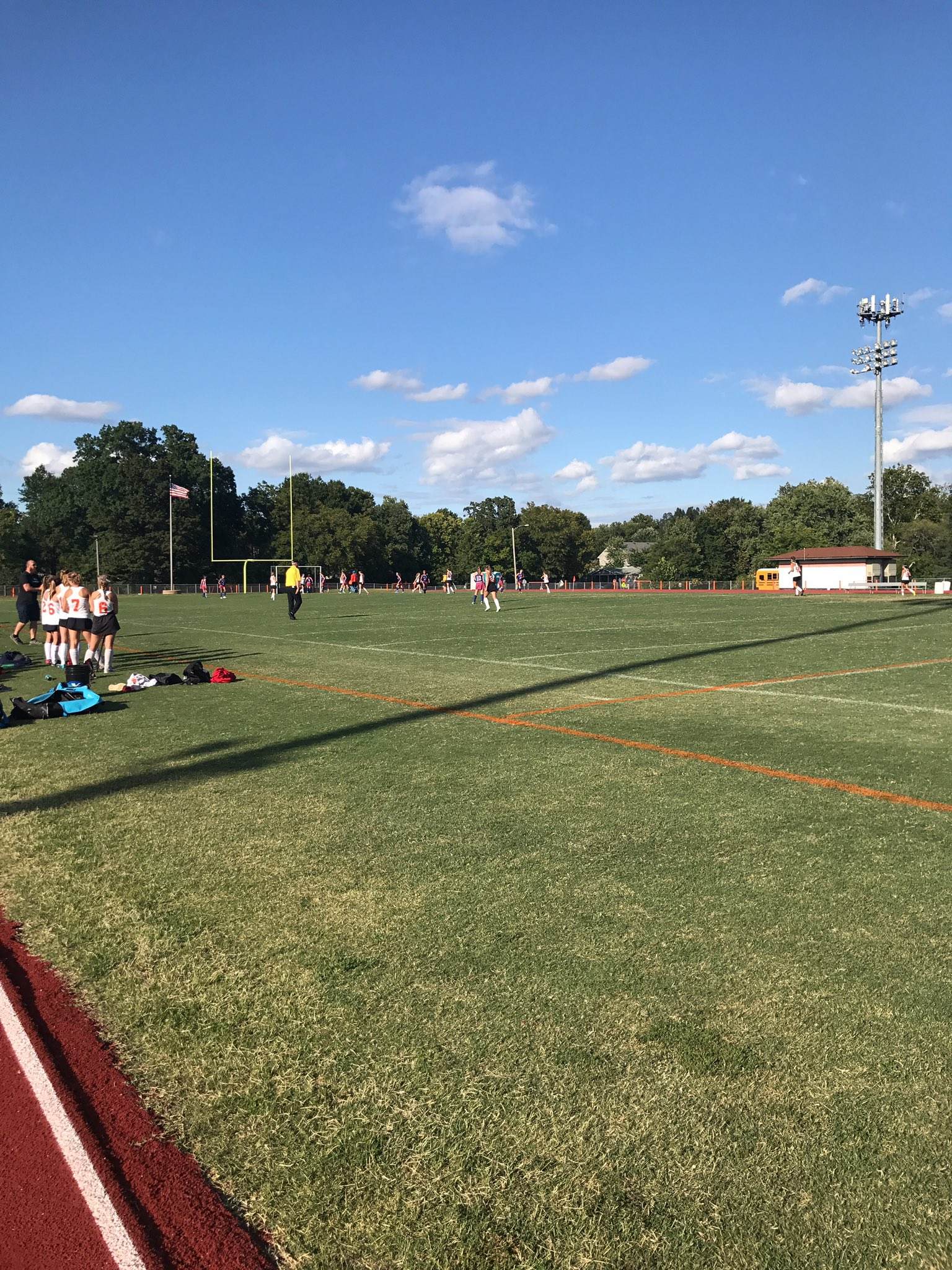 Gorgeous day for field hockey vs Clayton, and WG just scored to go up 1-0! #wgbuzz https://t.co/JSuL64Wex9