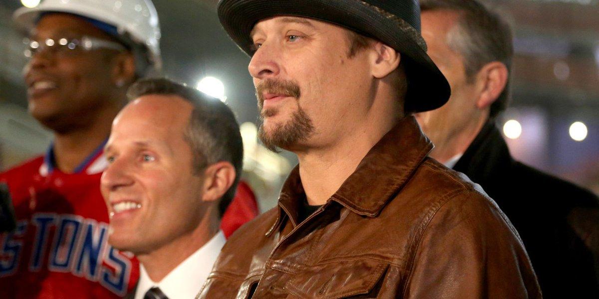 Kid Rock rattles off political views in fiery 'stump speech' at Grand Rapids show