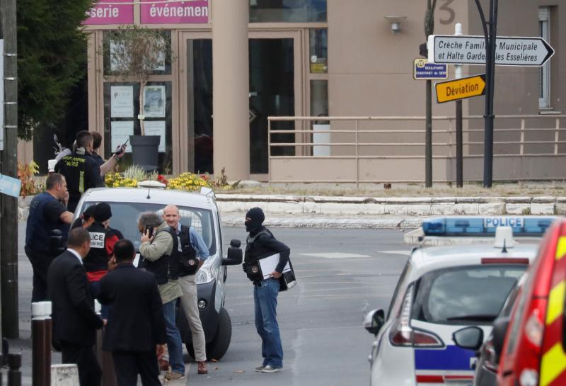 French make third arrest in terrorism probe after explosives find